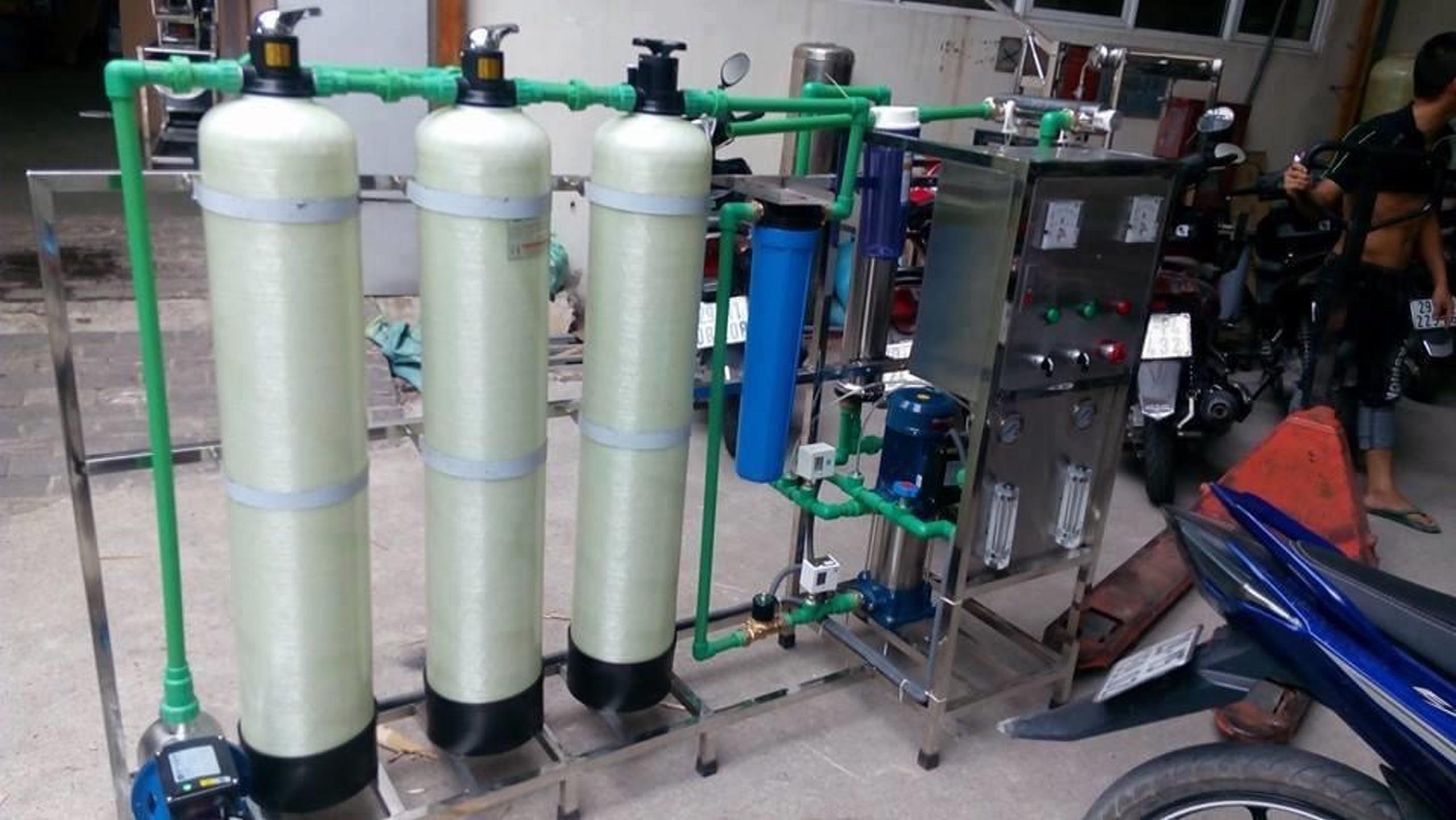 Hệ thống xử lý lọc nước đóng bình đóng chai 250 lit